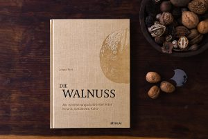 cover of Jonas Frei′s Walnuts book